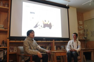 上半期PVランキングを紹介する宮脇編集長と岩瀬記者